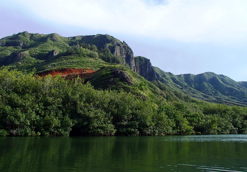 Water flows from the Ha'upu Mountain Range to the Hulē'ia River and then to the sea.